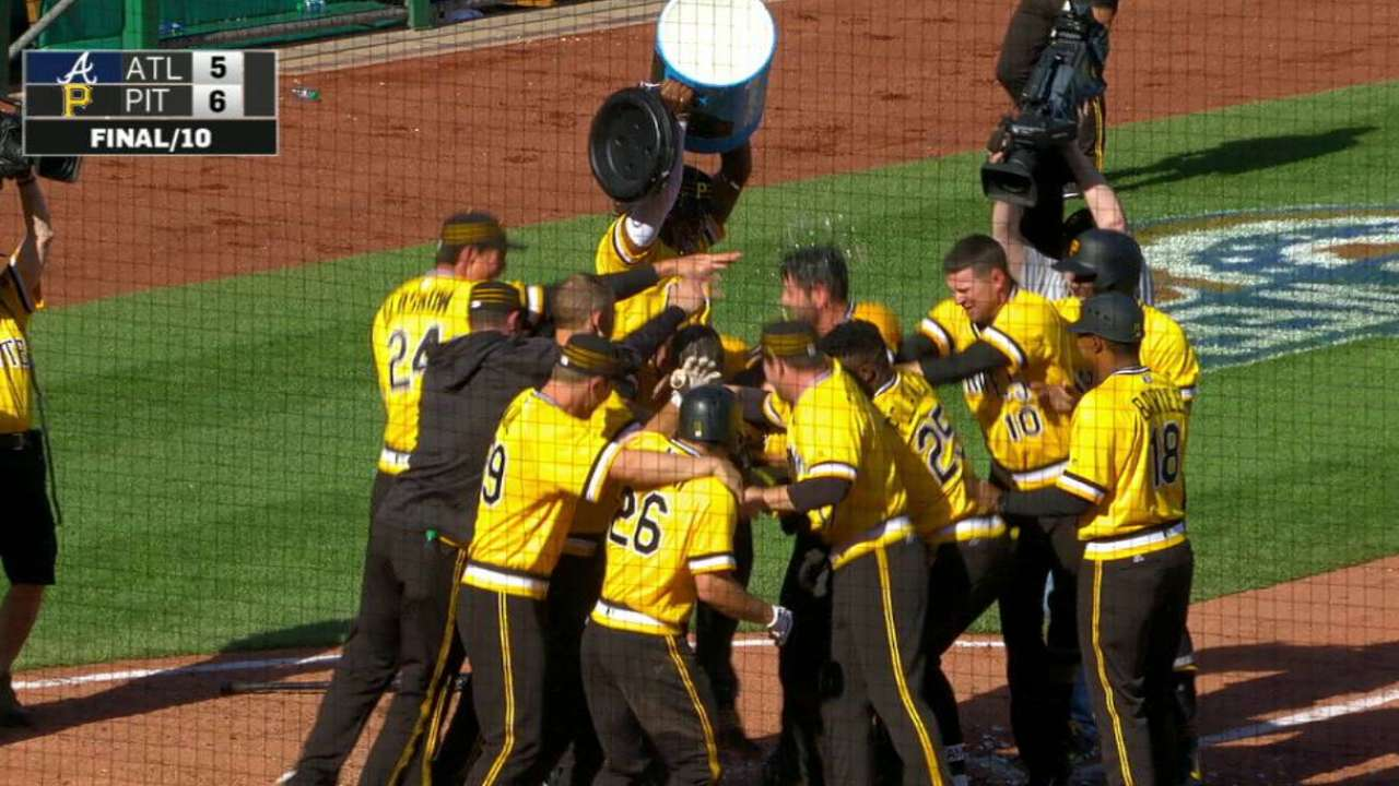 Marte's walk-off two-run blast