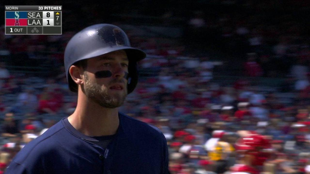 Haniger's solo homer pads lead