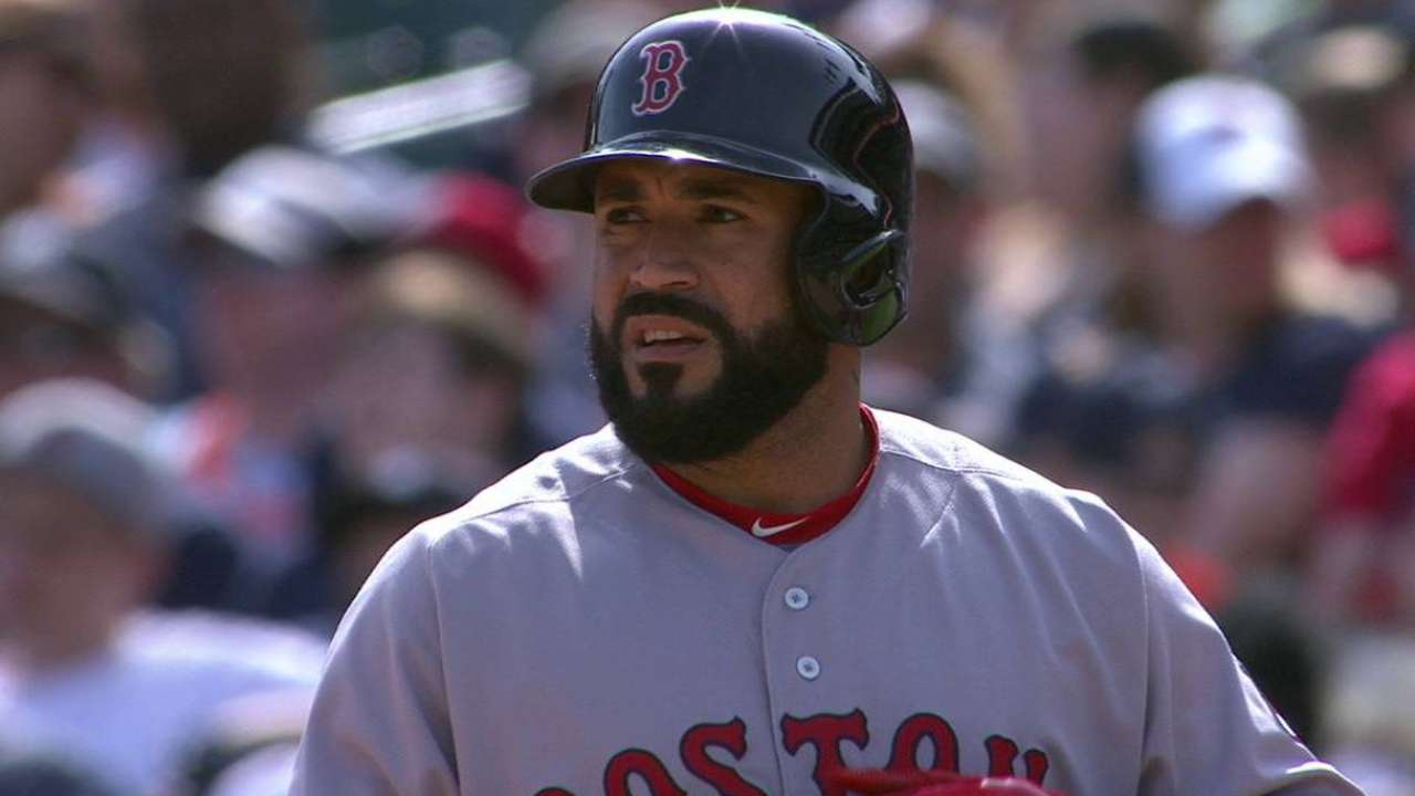 Red Sox rally past Tigers with 4-run 8th