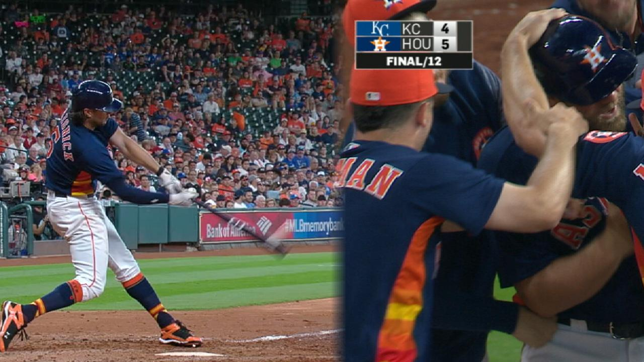 Astros able to 'walk' off in 12th against Royals