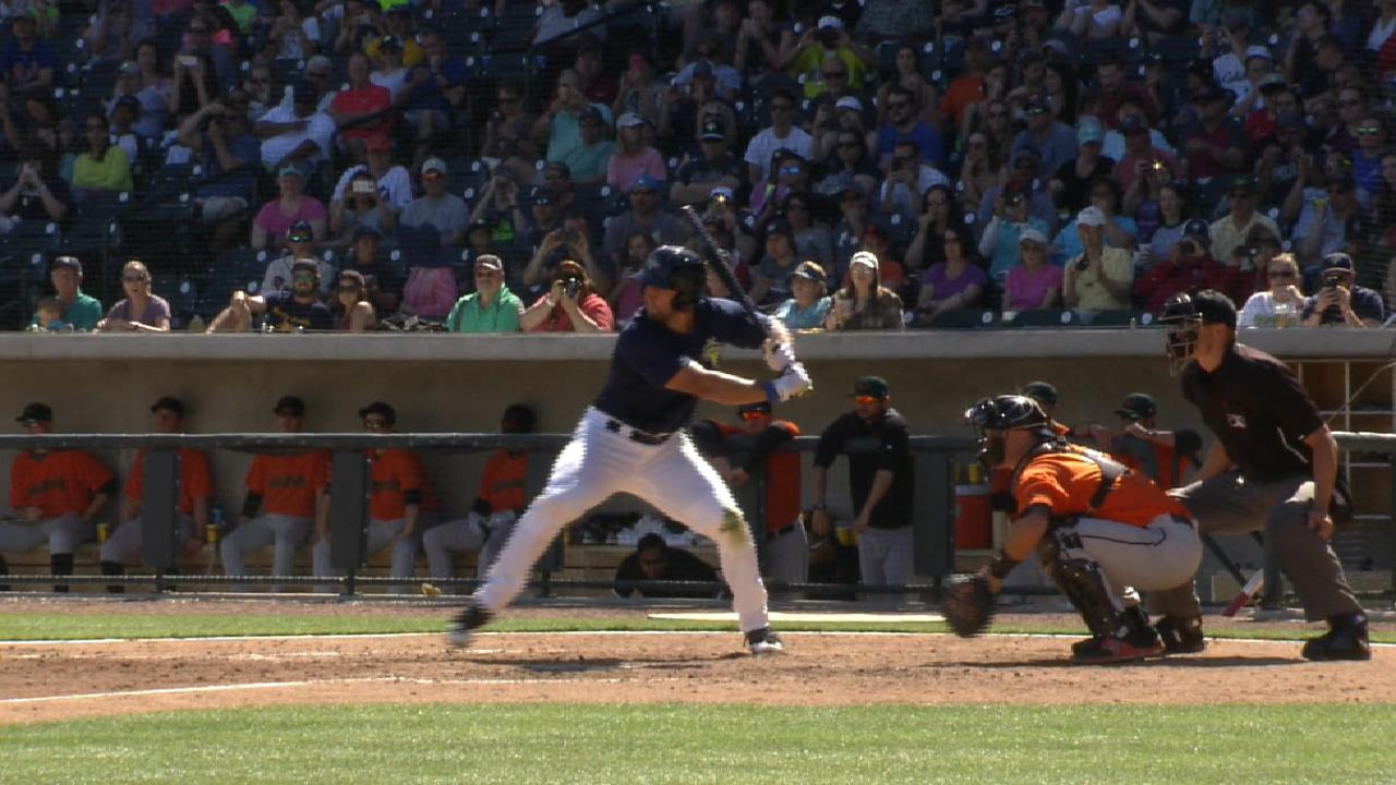 Tebow launches career home run No. 2
