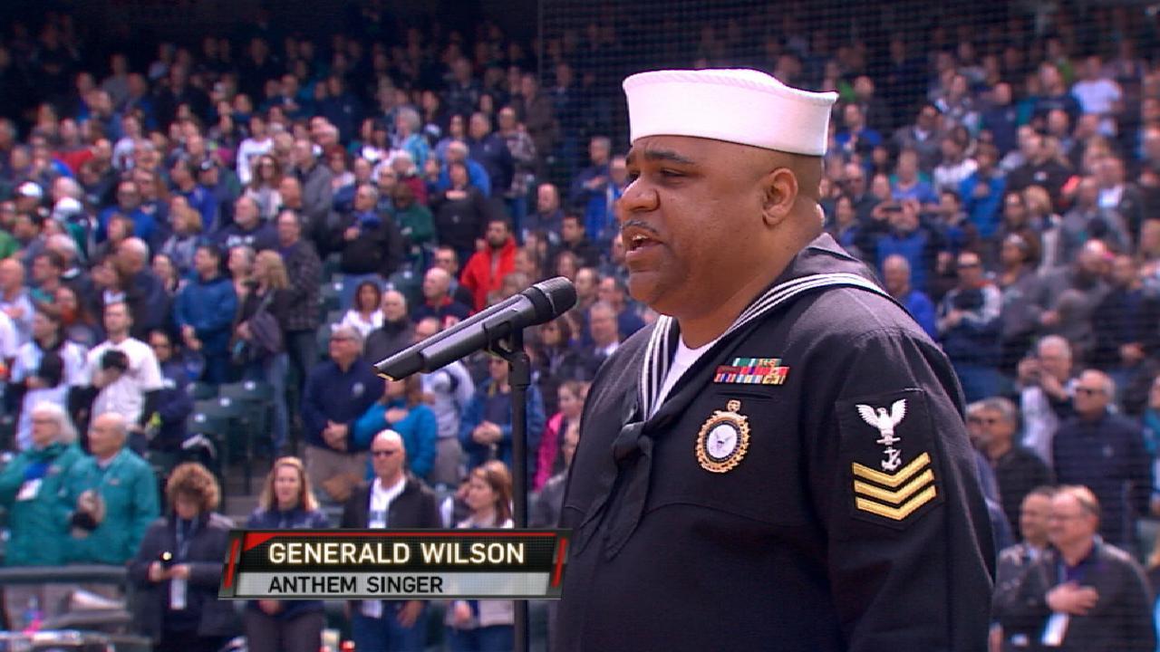 Veteran sings national anthem