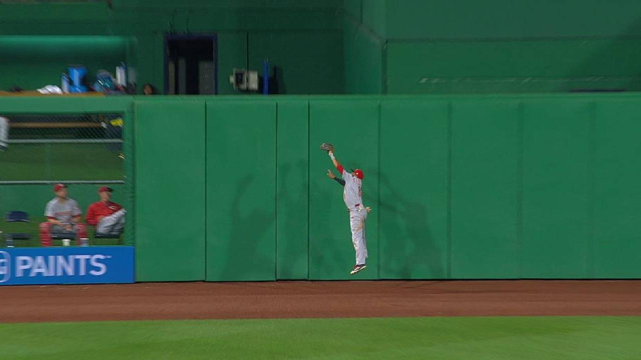 Hamilton's catch at the wall