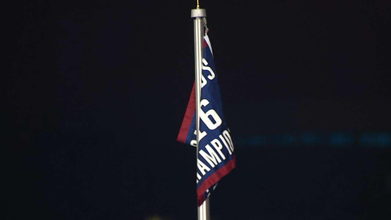Cubs raise World Series banner