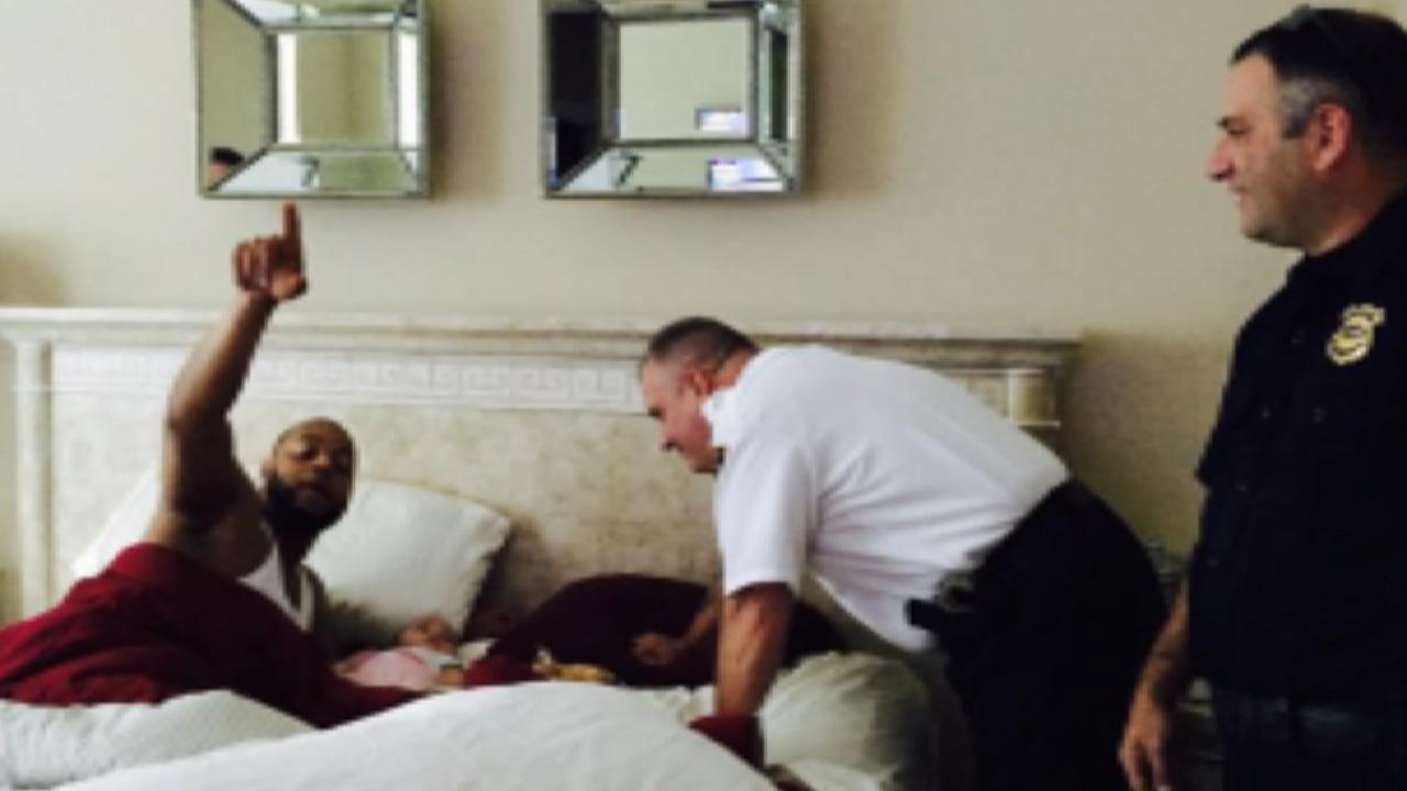 Santana gives cops warm welcome