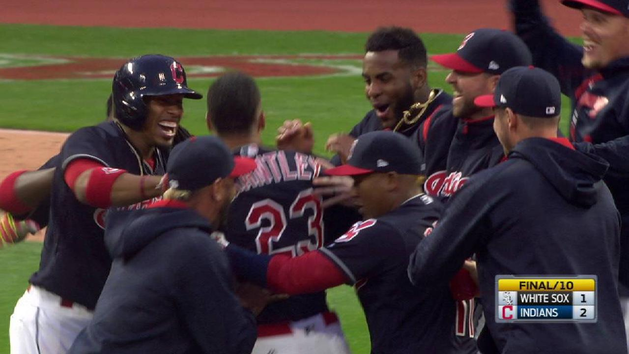 Brantley caps special day with walk-off double