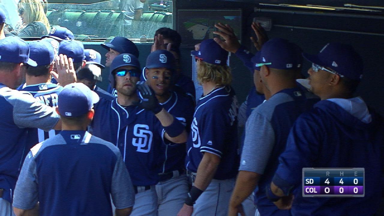 Padres' four-run 1st inning