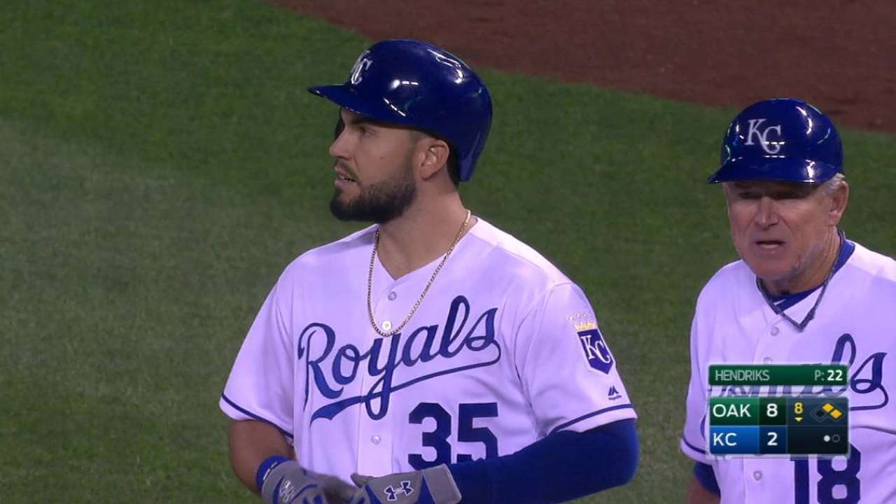 Royals mired in another team offensive slump