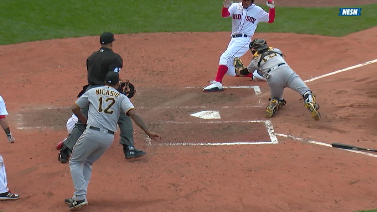 Hanley drives in two, Betts out