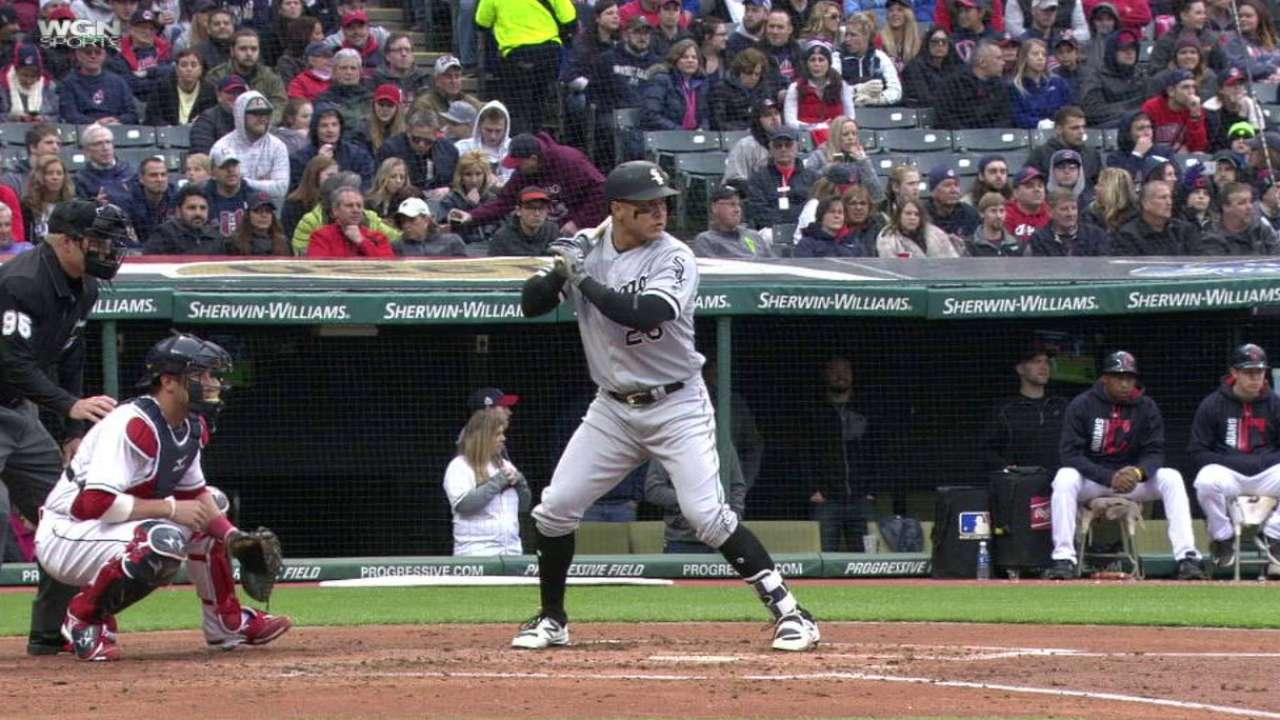 Ofensiva de los White Sox madrugó en triunfo ante Indios
