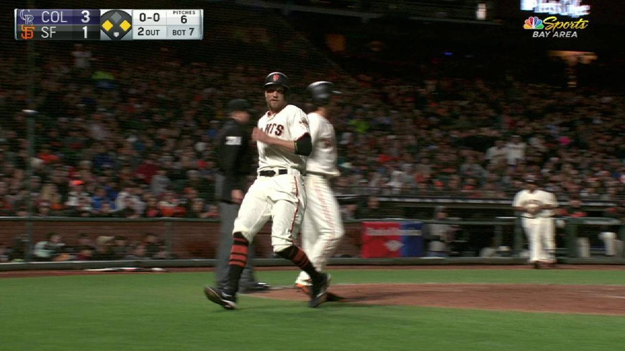 Giants' woes cashing in runners continue