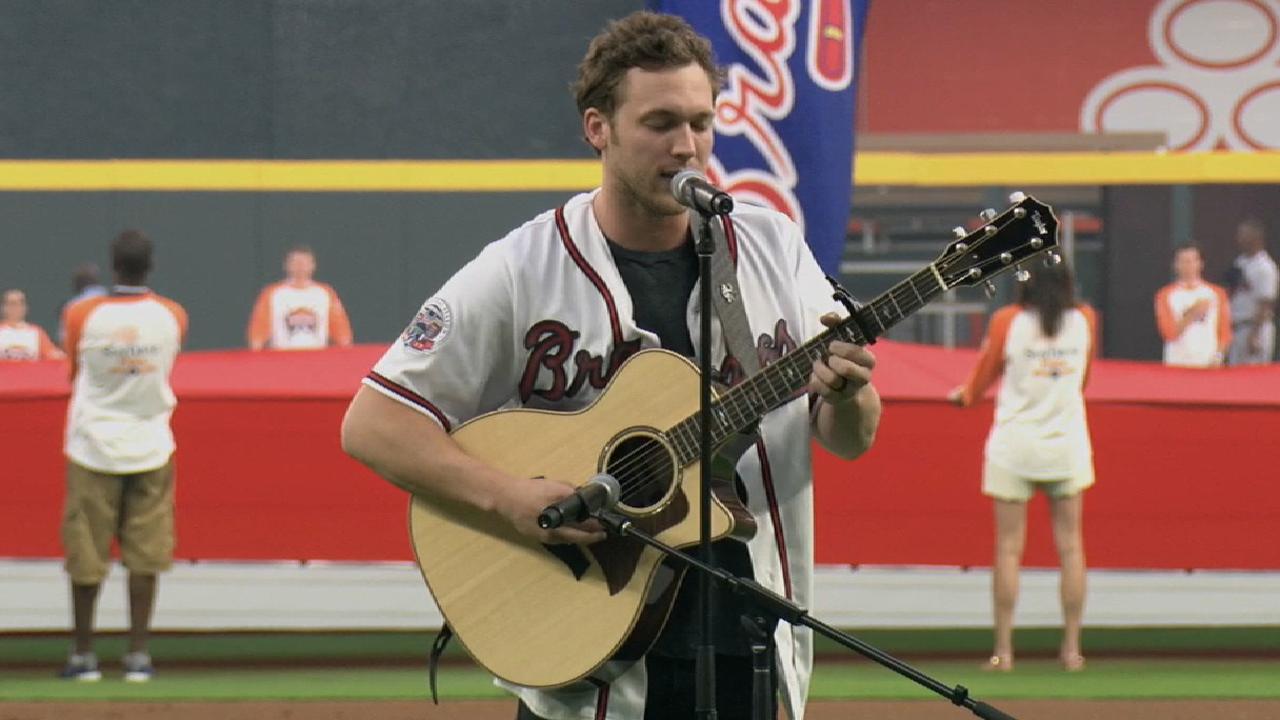 Phillip Phillips sings anthem