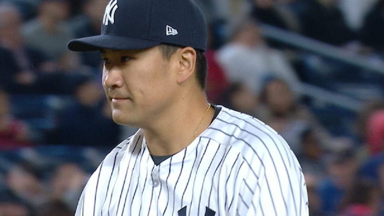 Castro, Romine homers back Tanaka's 1st win
