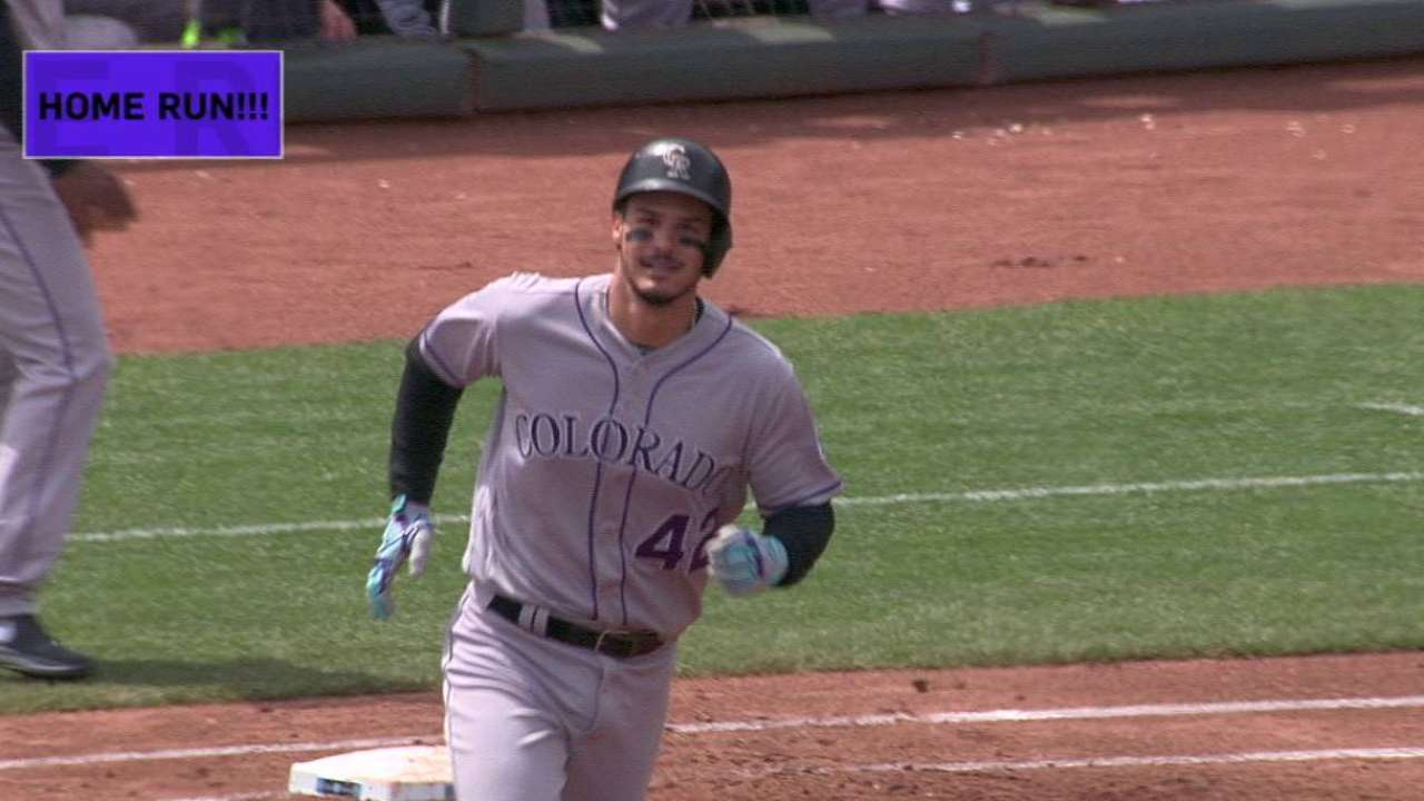 A triple shy, Arenado stays bold at AT&T Park
