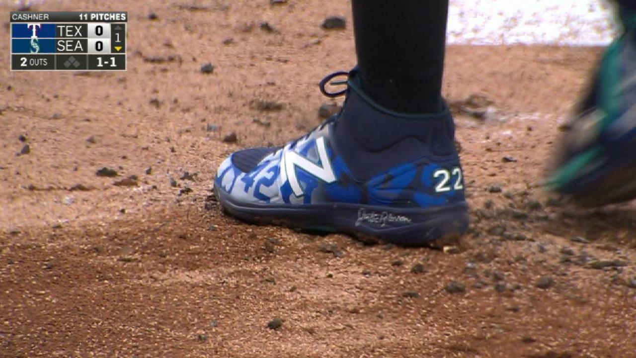 Rangers, Mariners honor Jackie's impact
