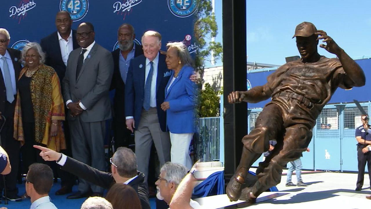 Dodgers unveil statue of Jackie Robinson   MLB.com