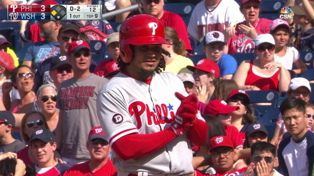 Galvis' go-ahead FC in 9th