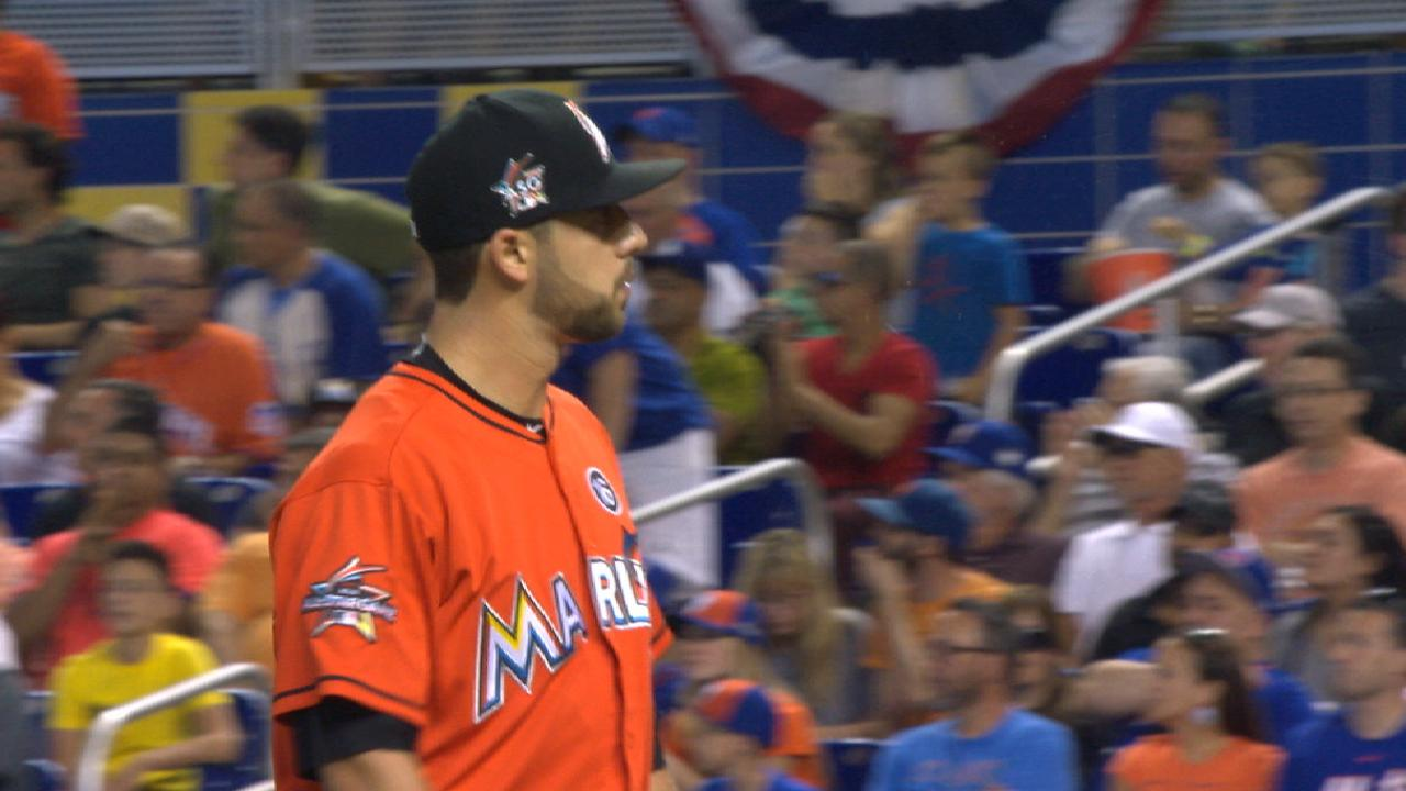 Marlins carry no-hitter into 8th