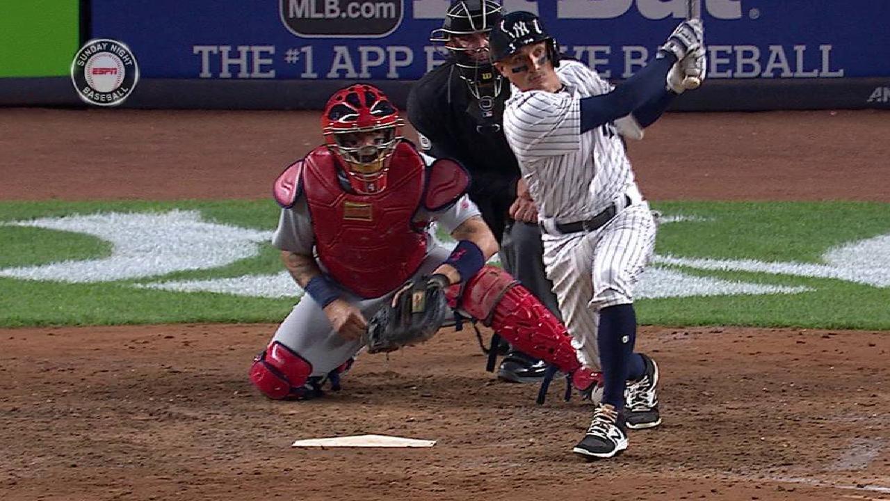 Pineda, bates guiaron a Yankees a barrer serie vs. Cardenales