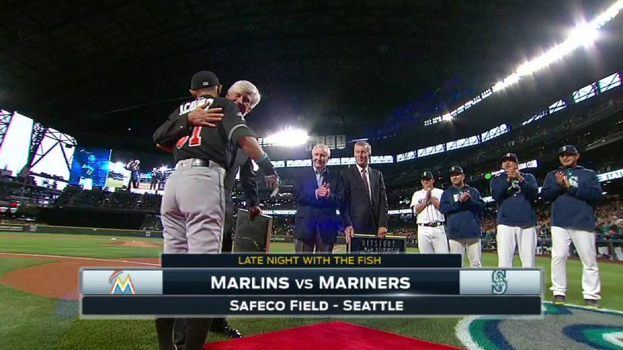 Mariners honor Ichiro