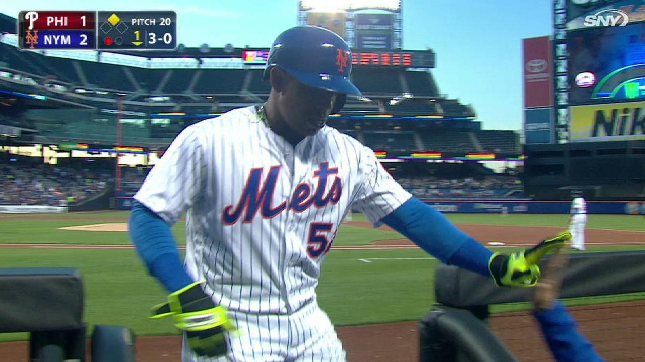 Cespedes scores on wild pitch