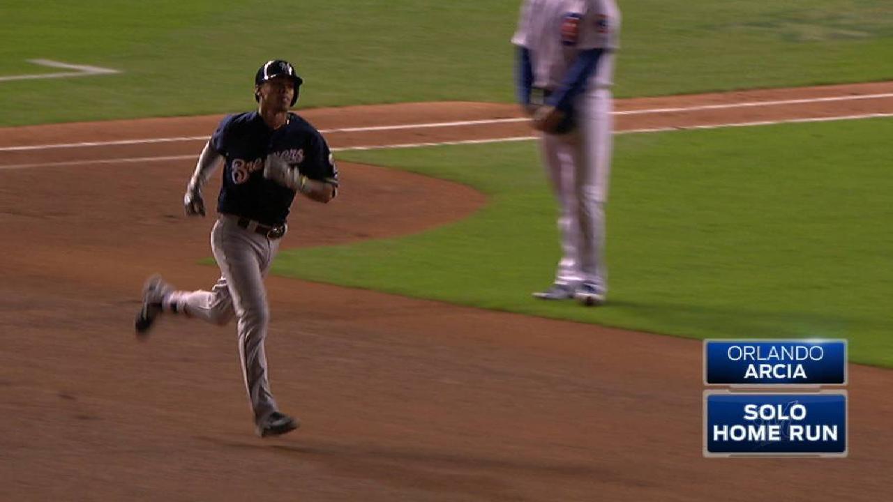 Arcia's solo home run