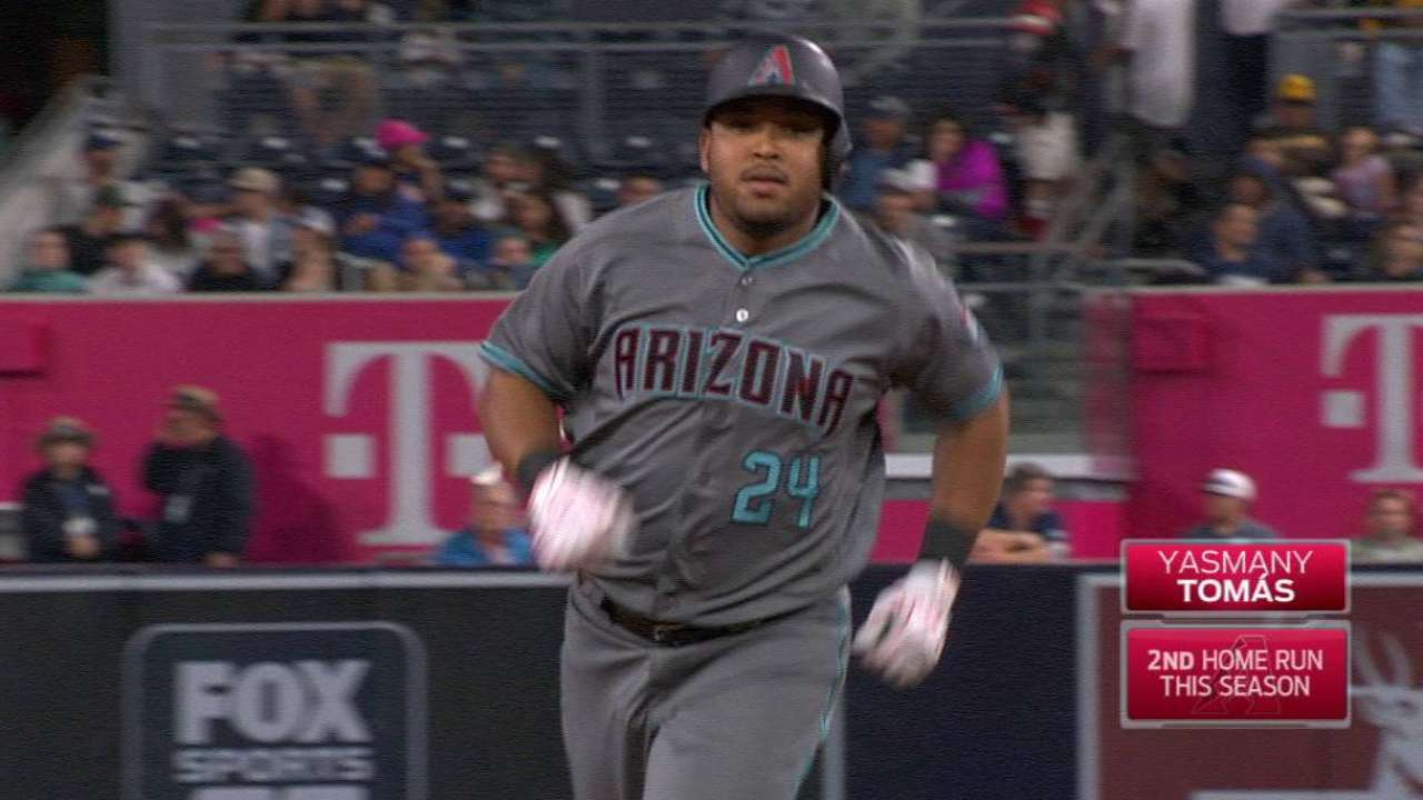 Tomas, Miller carry D-backs over Padres