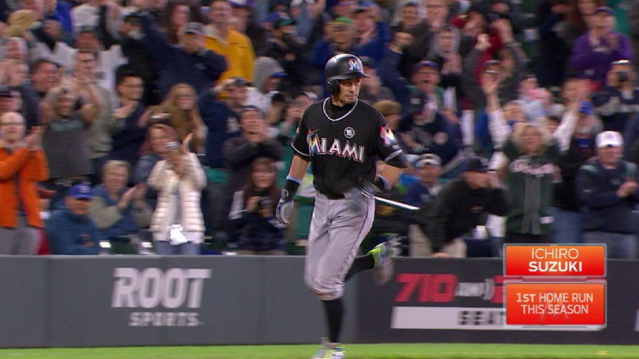 Ichiro se va de Seattle con jonrón, pero pierden los Marlins