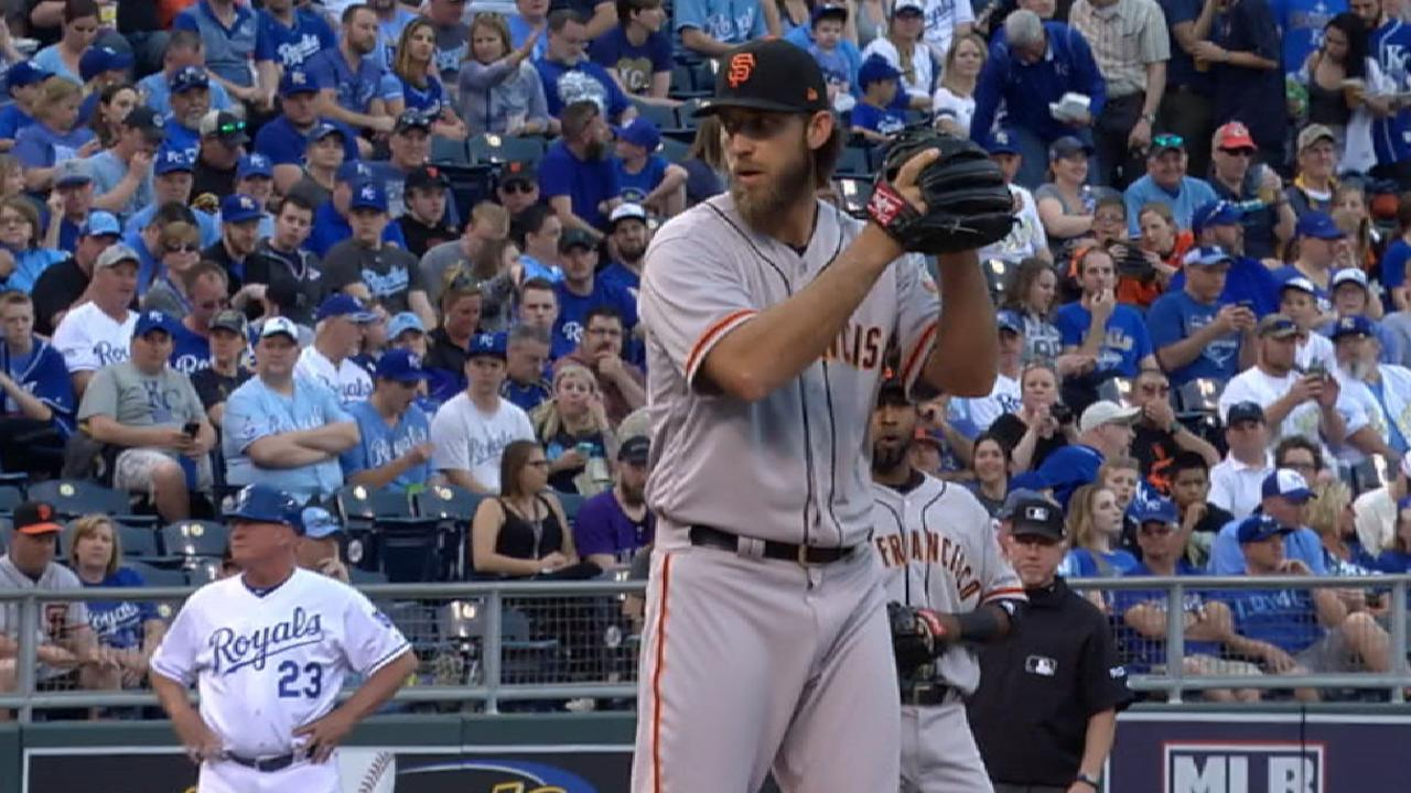 Lack of run support spoils Bumgarner's outing