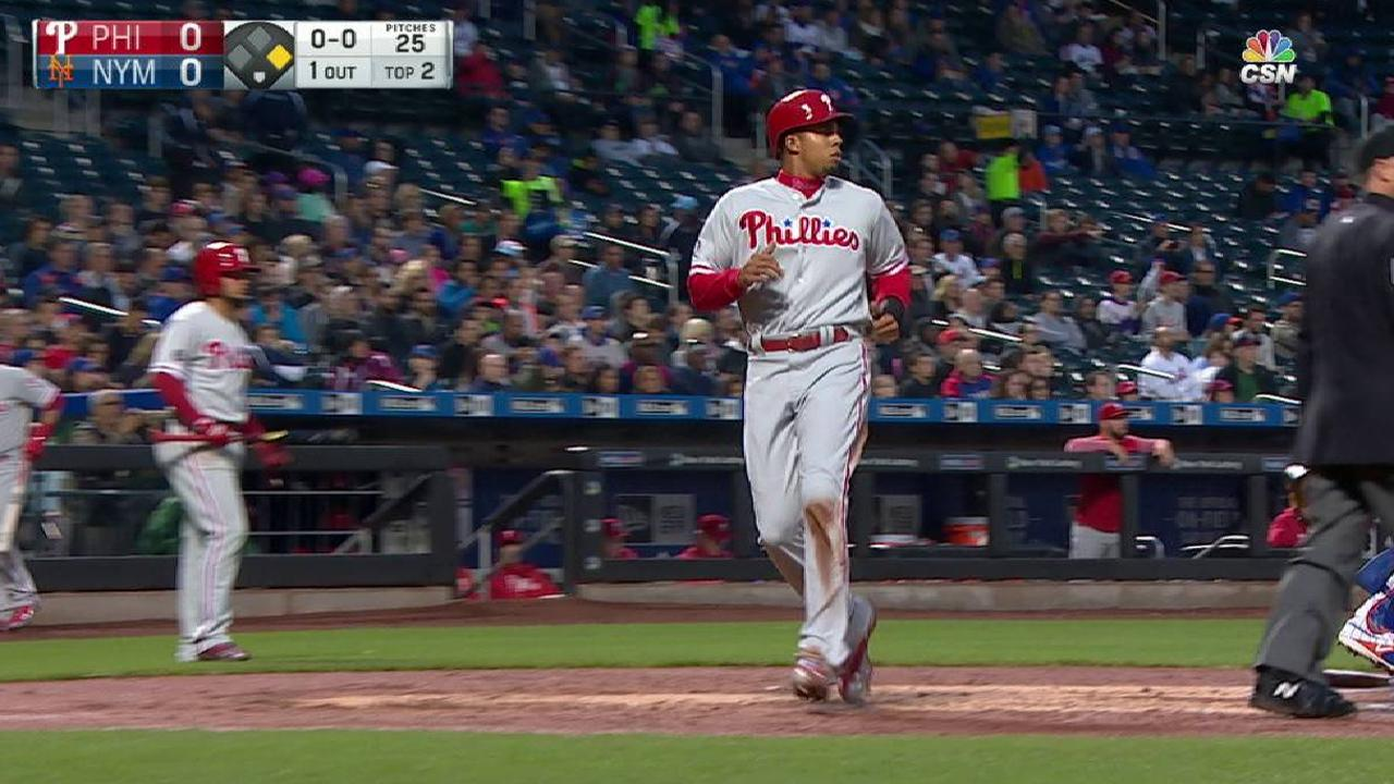 Phils strike early vs. Thor, take set from Mets
