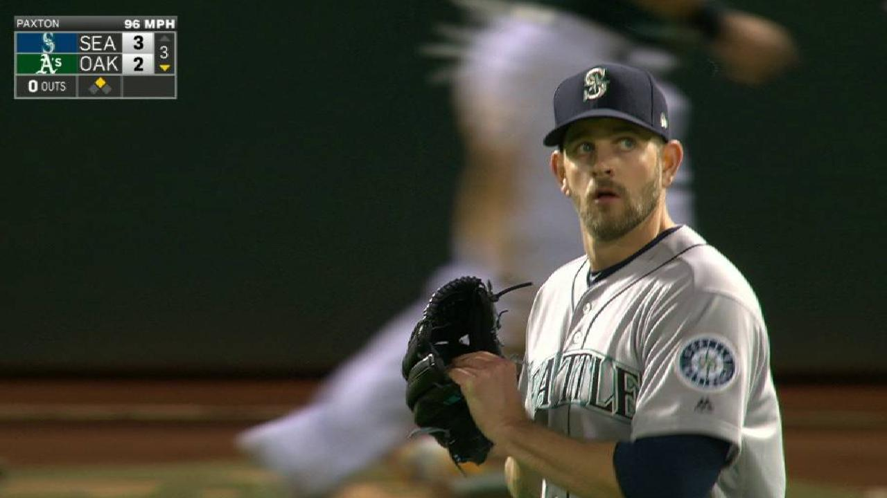 Paxton's scoreless streak ends at 23 IP