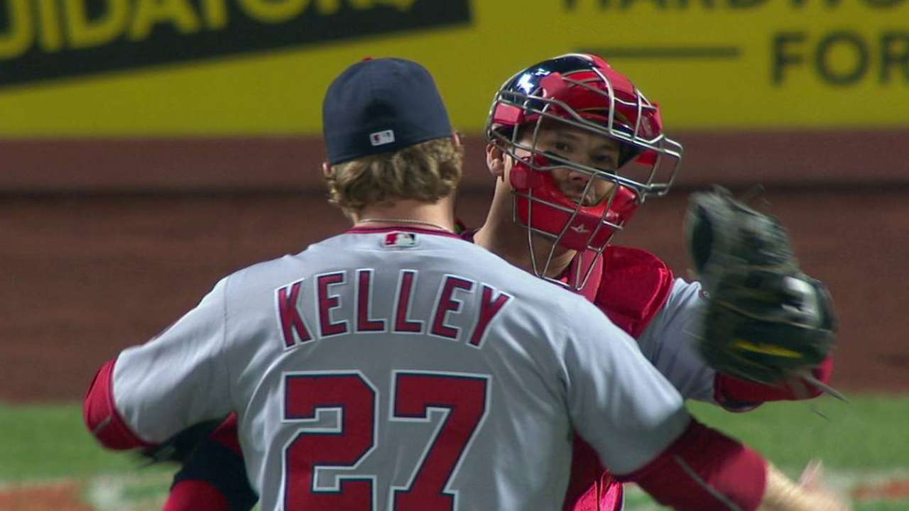 Kelley notches the save