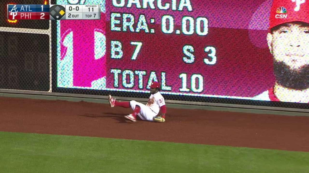 Herrera's running catch