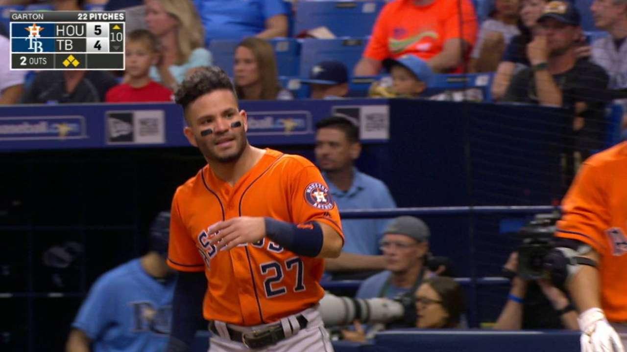 Gurriel responde para los Astros