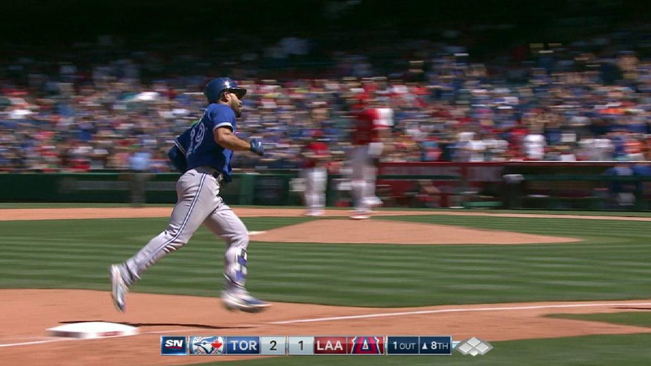 Big flies seal Stroman's complete-game win