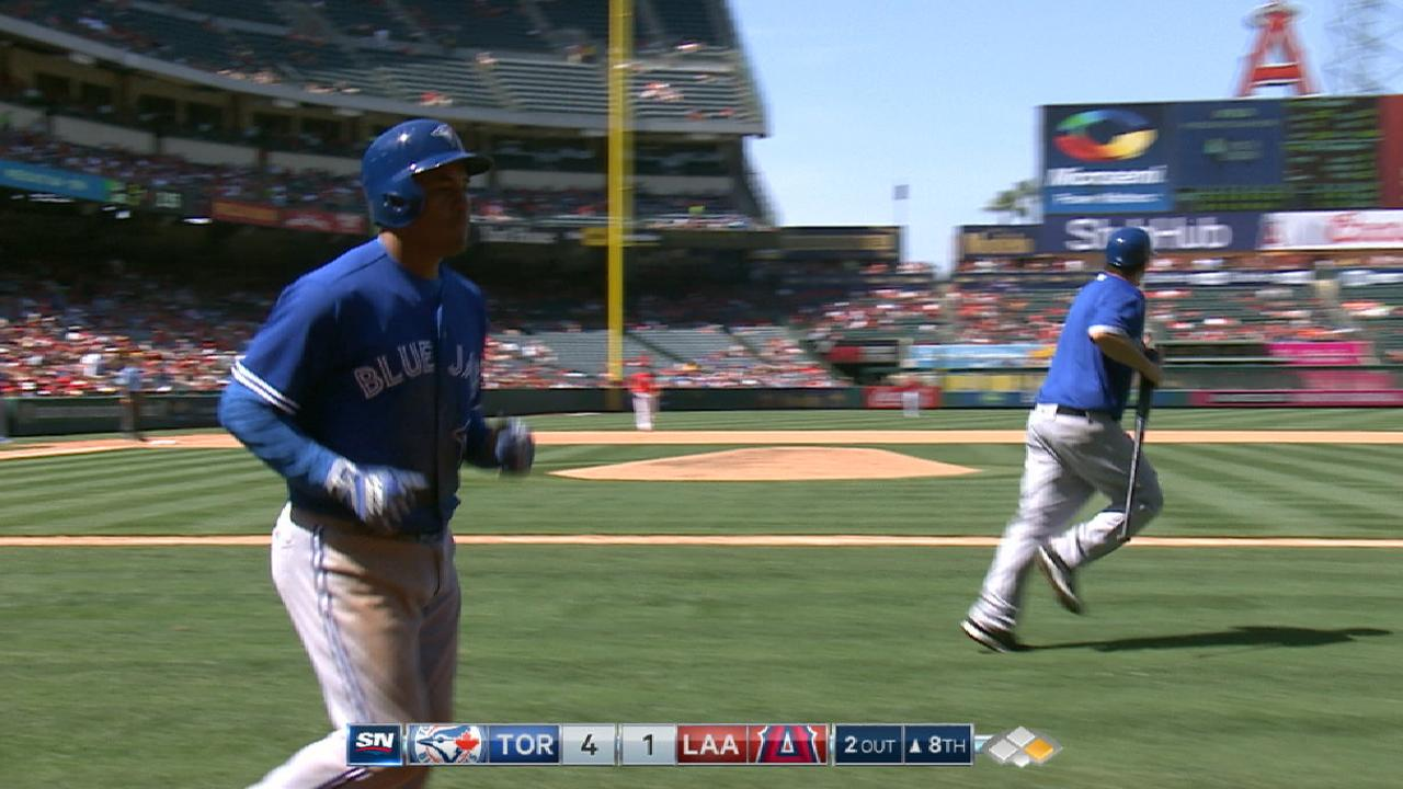 Blue Jays score four in the 8th