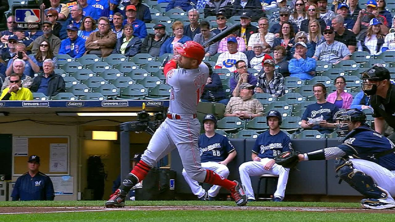 Impressive HRs can't get Reds out of early hole