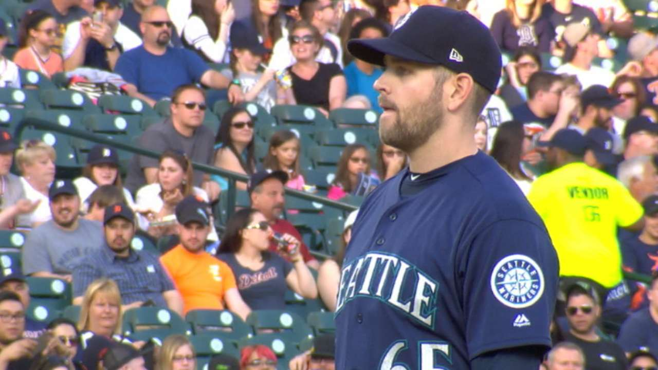 Paxton lands on DL with left forearm strain