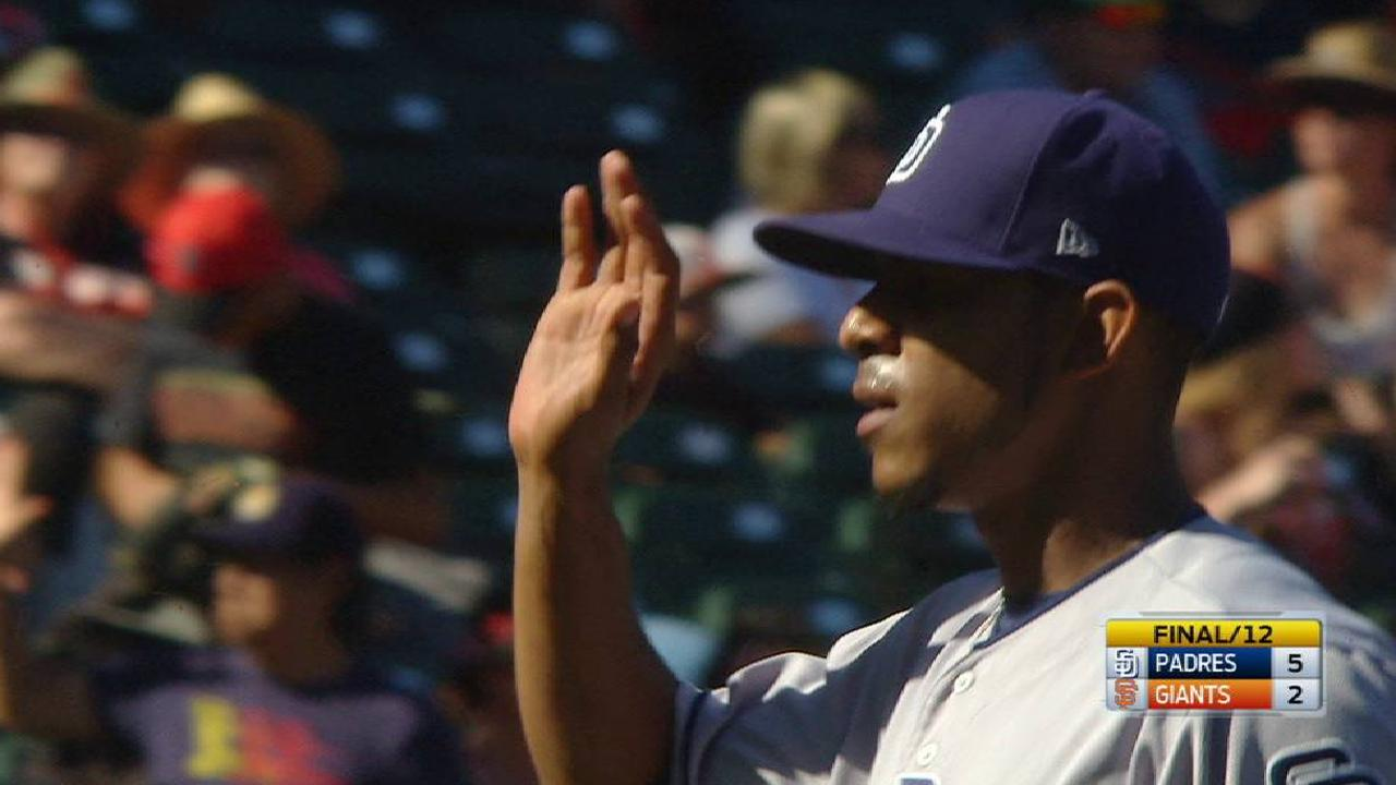 Lefties in Padres 'pen strong vs. both sides