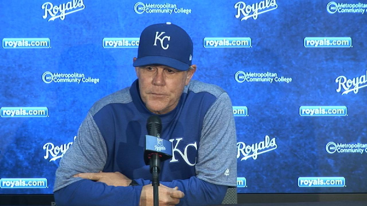 Yost: Screaming won't solve Royals' issues