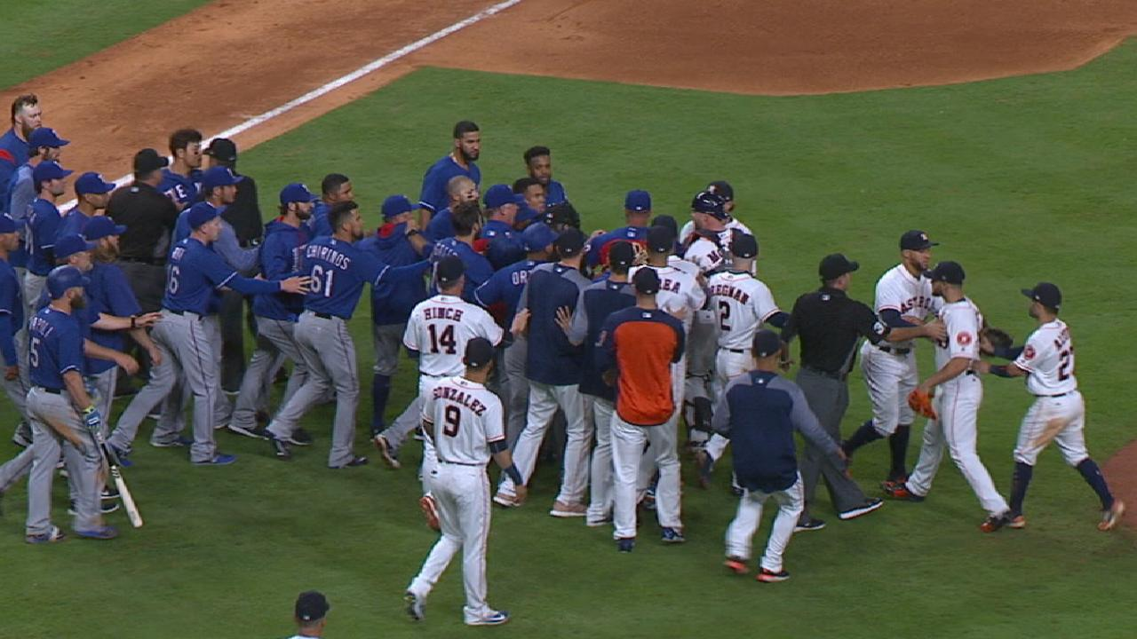 Benches clear in Rangers-Astros game