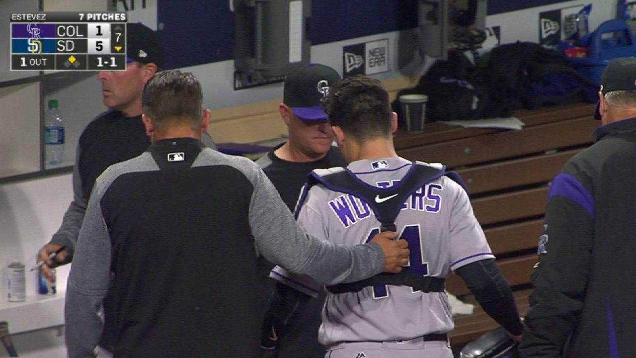 Wolters forced to exit with concussion