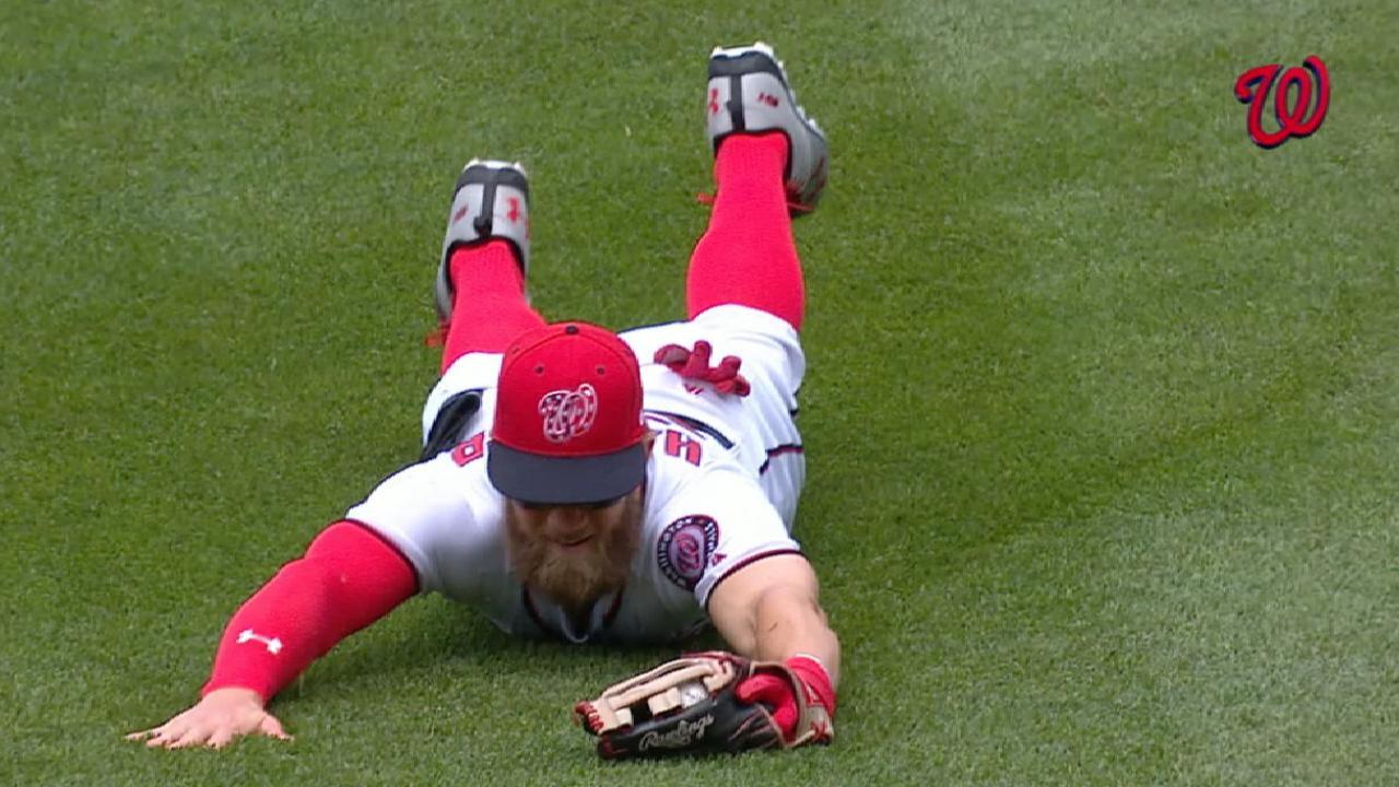 Harper's sensational grab