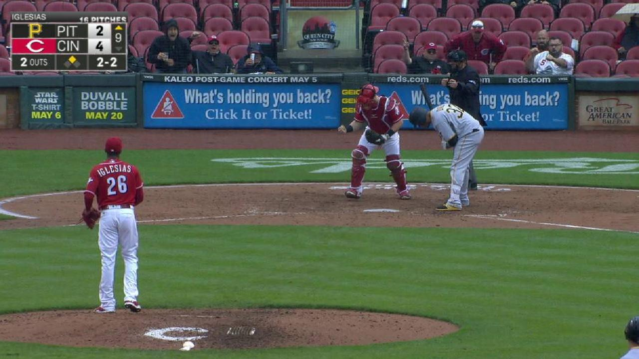 Iglesias notches his fifth save