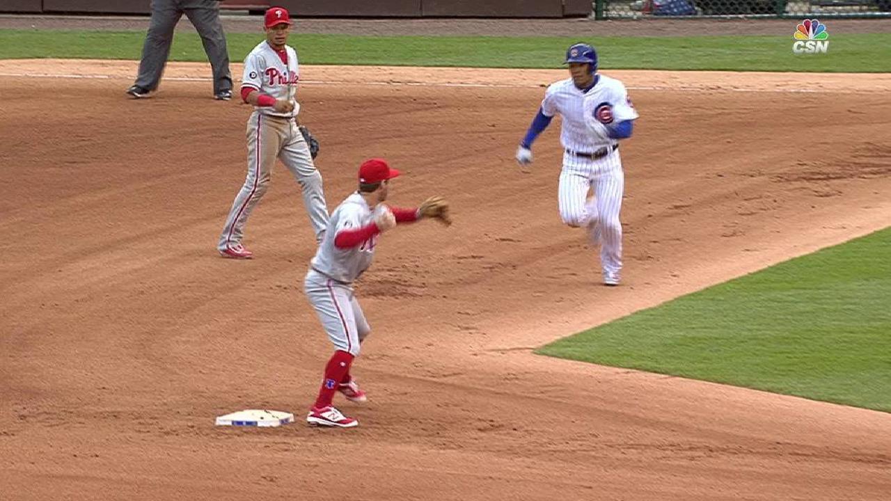 Phillies turn inning-ending DP