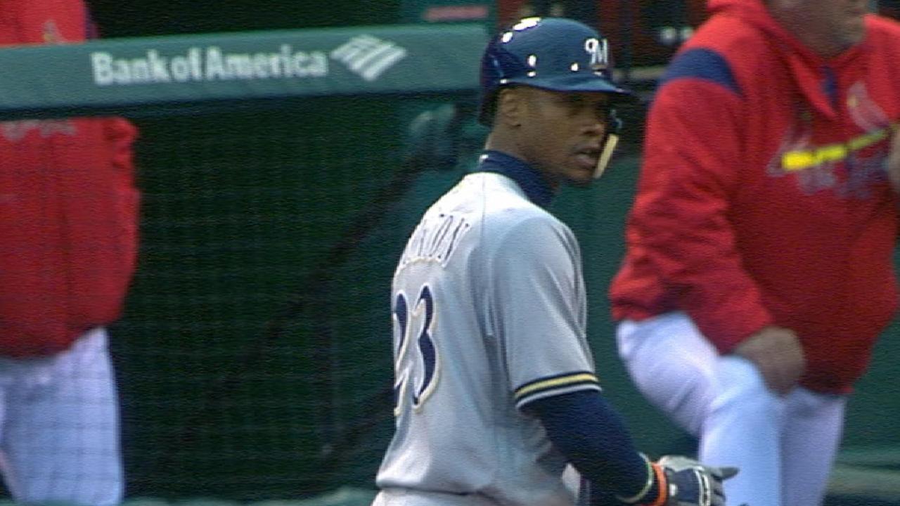 Broxton's four-hit game