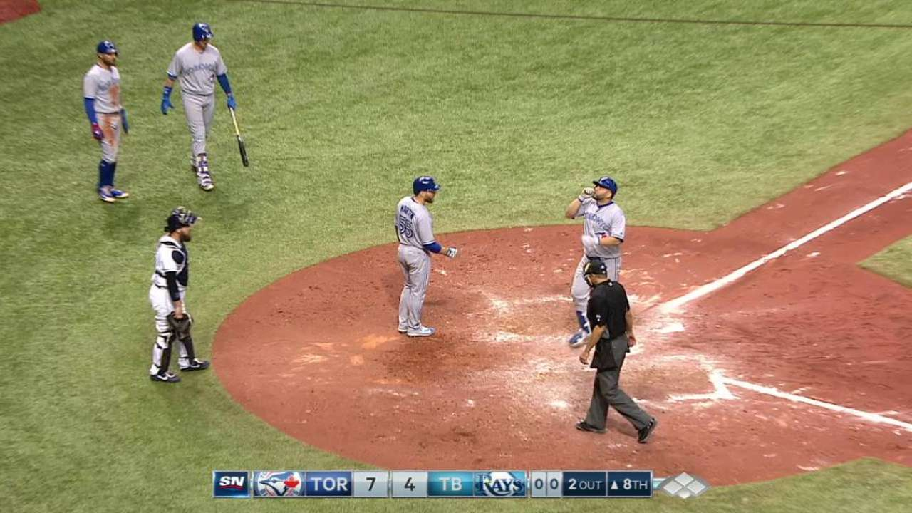 Morales' 2 HRs power Blue Jays past Rays