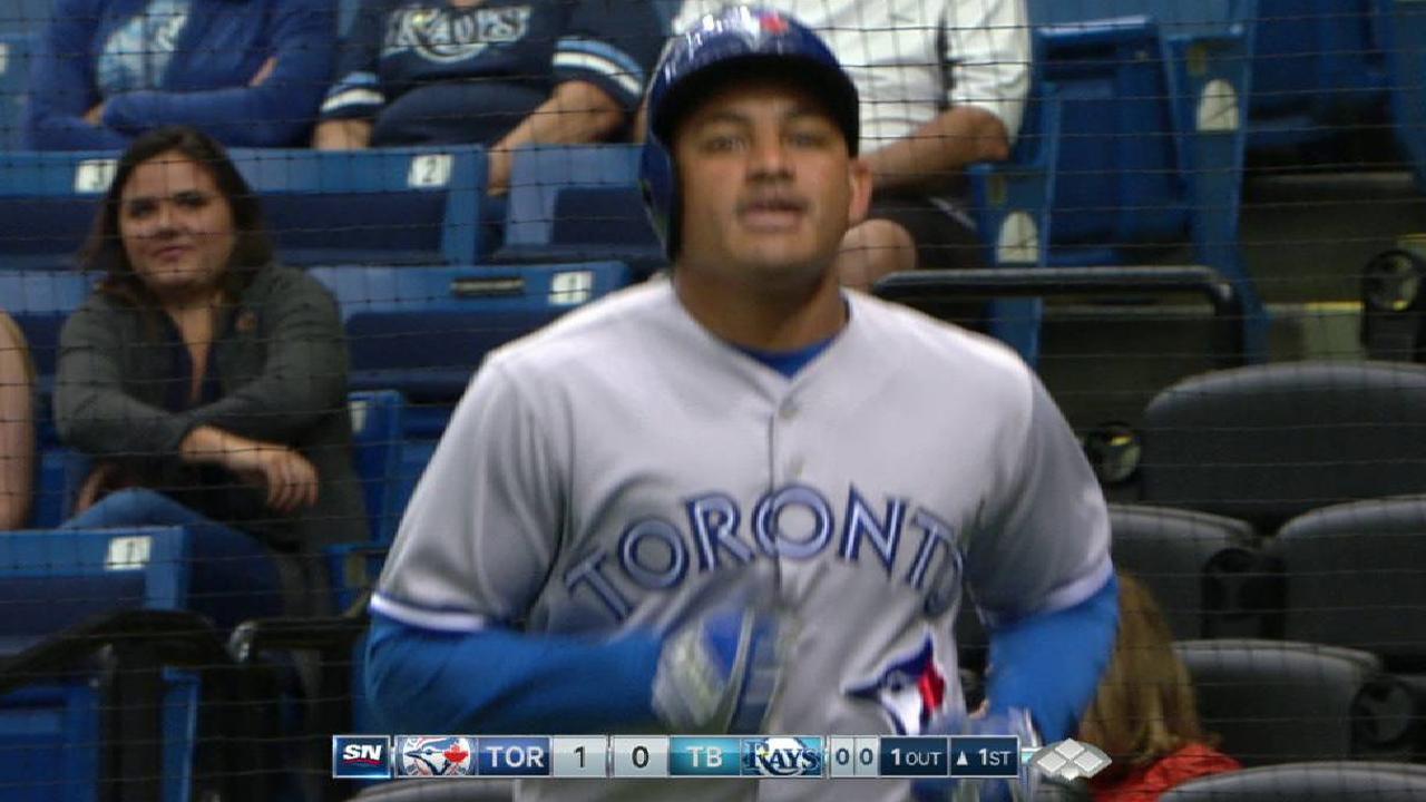 Carrera's solo home run