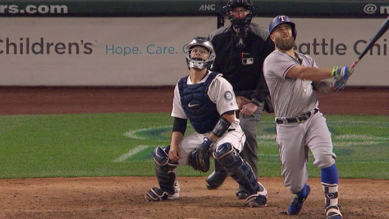 Napoli's solo home run