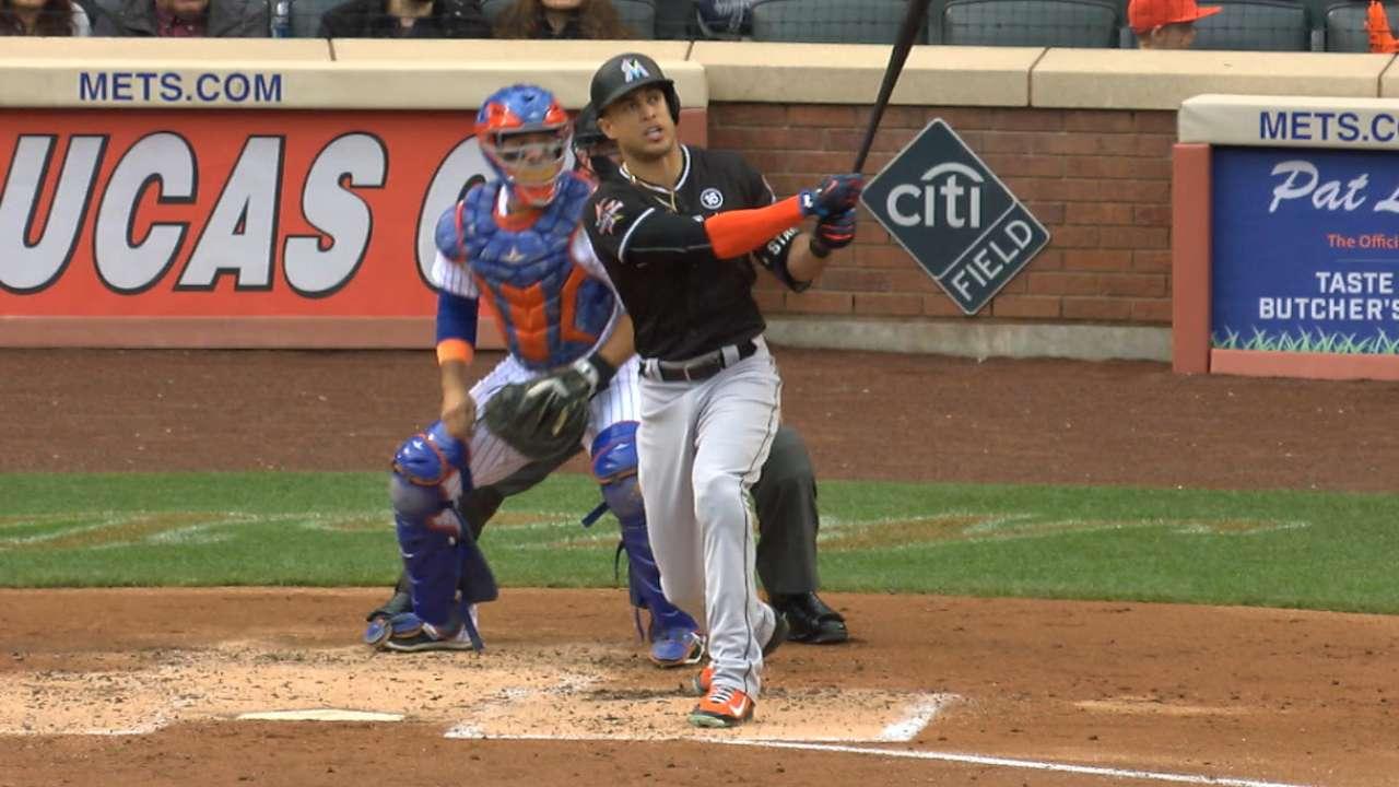 Marlins superan a Mets detrás de Ureña y Stanton